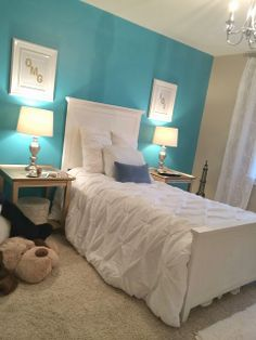 glam #tiffany blue room redo! teen room DIY you should do one accent wall like this @Karley Mizell