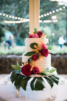 Tropical Wedding Cake Love Letter Weddings Luau Hawaiin Hawaii
