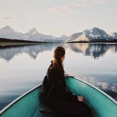 Discovered by wanderlust. Find images and videos about girl, nature and travel on We Heart It - the app to get lost in what you love. Voyager C'est Vivre, Wanderlust, Photos Voyages, Belle Photo, The Great Outdoors, Wonders Of The World, Adventure Travel, Nature Adventure, Adventure Time