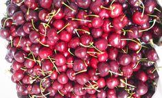 10/6 Pink Pink có vài chục kí Cherry xách tay từ Mỹ về khách nào ưng k share với Pink điiiii. Ăn 1 mình hok hết :((( Giá: 300k/ 0.5kg 550k/ 1kg Khách nào lấy viber/zalo: 0946167636  Nội dung: sđt  địa chỉ  số lượng ngày 11/6 Pink trả hàng nha nha