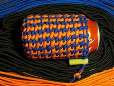 Paracord Project Guide - 27 Projects to show you the best ways to use Paracord. Note to self: substitute garnet & gold for orange & blue