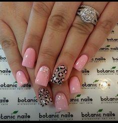 Nice,Easy,Bling Nails #Beauty #Trusper #Tip