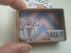 A Little Hug - Message Box Diorama by Gail at ShyLilyandDakota (Etsy) Matchbox Crafts, Matchbox Art, Handmade Headbands, Handmade Crafts, Handmade Rugs, Origami, Diy Papier, Cute Box, Creation Deco