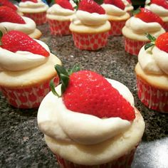 MY CUPCAKES: Strawberry Filled Vanilla w/ Cream Cheese Icing.