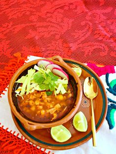 How to make traditional pozole rojo with chicken - Mexican Cooking, Mexican Food Recipes, Soup Recipes, Chicken Recipes, Cooking Recipes, Recipies, Mexican Chicken Pozole Recipe, Dinner Recipes, Cooking Time