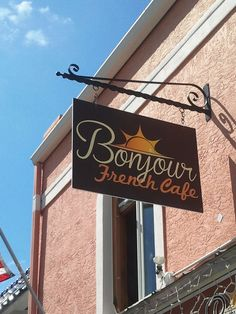 Bonjour French Cafe - Siesta Key Village, Florida. Best crepes in town!