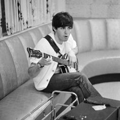 The Beatles At Rehearsal In The Deauville Hotel, Miami Beach on All About Beach 6458 Beatles Love, Les Beatles, Beatles Art, Beatles Photos, Liverpool, John Lennon, Great Bands, Cool Bands, My Love Paul Mccartney