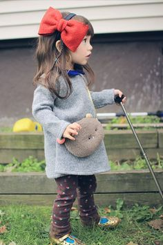 annika ポシェットは別になっているので、他のお洋服にも使える優れものです!! Little Kid Fashion, Little Girl Outfits, Toddler Fashion, Kids Outfits, Kids Fashion, Asian Kids, Asian Babies, Cute Mixed Babies, Cute Babies