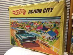 VTG 1968 Mattel Hot Wheels Redlines ACTION CITY Case  Fold Out #Mattel #HotWheels