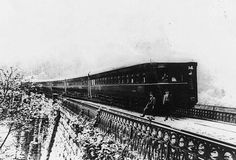 """Adams """"Windsplitter"""". Built in 1900, this stream lined train is the precursor to the streamliners in the mid-twentieth century. Many of Fredrick Adams innovative ideas were incorporated into trains built 30-40 years after the """"Windsplitter"""" made headlines like these...http://archives.chicagotribune.com/1934/12/02/page/81/article/story-of-a-pioneer-streamlined-train-the-windsplitter"""