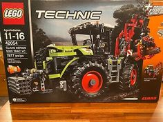 Lego Technic Set 42054 Claas Xerion 5000 Trac VC New Sealed Retired Lego Technic Sets, Lego Sets, Kabine, Lego Star Wars, Motor, Ohio, Monster Trucks, Things To Sell, Geek Gear