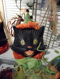 Halloween decorations : IDEAS & INSPIRATIONS A Boo-tiful Vintage Inspired Halloween