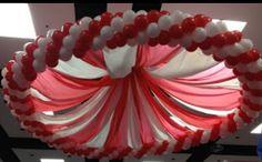 Canopy balloon decor