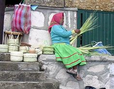 mexico tarahumara indians customs | The Tarahumara are known for their basket weaving and women and ...