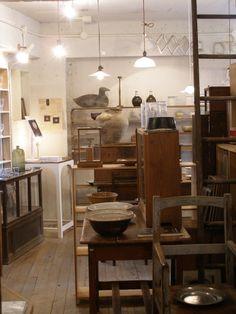antiques Tamiser in Tokyo
