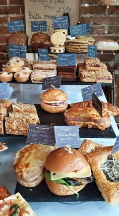 The Flour Pot | Brighton, England | Obst, Sushi und Kekse | Cooking Worldtour