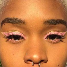 10 Pretty Eyeshadow Looks for Day and Evening Makeup Goals, Makeup Inspo, Makeup Art, Makeup Inspiration, Makeup Tips, Eye Makeup, Hair Makeup, Cute Makeup Looks, Pretty Makeup