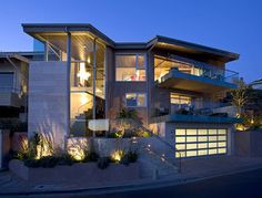 Los Angeles Modern Exterior Photos Design, Pictures, Remodel, Decor and Ideas - page 19