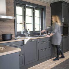 Modern Cabin Interior, Modern Cottage, Big Bear Rentals, Cabin Interiors, House Layouts, Küchen Design, Living Room Modern, Home Crafts, My House