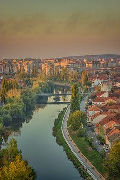Crisul Repede din Turnul Primariei | Oradea in imagini Rios, Romania, Beautiful Places, Night, Water, Travel, Outdoor, Falling Waters, Water Water