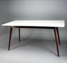 Vintage Tafel Radius wit / notelaar