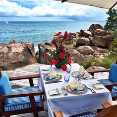 #VeronicaFerraro Veronica Ferraro: Amazing place to have lunch here at #constanceLemuria #Seychelles @constancehotels