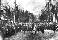 Het Rode Leger was de naam van het Leger van Bolsjewistische Rusland na het uiteenvallen van het keizerlijk Russische leger. Officieel werd het Rode Leger op 23 februari 1918 opgericht. Er bestond daarvoor al een Rode Garde maar die diende meer als een soort partijpolitie van de Bolsjewieken dan als een leger.