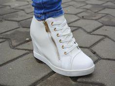 Sneakers Roma Alb http://www.standard-shoes.ro/produse-noi.html #sneakers #fashion #shoes #white #girls #woman #sport