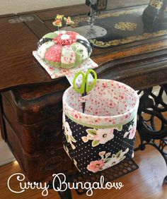 A blog about quilting, sewing, cooking and gardening. Thread Catcher Pattern, Sewing Hacks, Sewing Crafts, Diy Christmas Tree Skirt, Fabric Storage Boxes, Sewing Room Decor, Sewing Baskets, Craft Bags, Patch Quilt