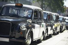 Take a private black taxi tour of London's top attractions and hidden treasures with a knowledgeable guide. This family-friendly tour takes you to all the well-known sites in London, including the Tower of London, Buckingham Palace and Westminster Ab Harrods, Wi Fi, Big Ben, Black Cab, Harry Potter, Famous Black, Things To Do In London, Tower Of London, Hidden Treasures