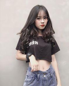 Save = follow #Thỏ Pretty Girls, Cute Girls, Indonesian Girls, Uzzlang Girl, Cute Costumes, Kawaii Girl, Ulzzang, Asian Girl, Korea