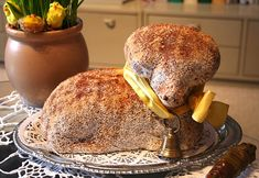 Zajímavé! Bread, Chicken, Ethnic Recipes, Food, Brot, Essen, Baking, Meals, Breads