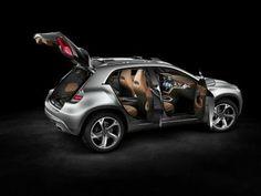 """Con il Concept GLA, Mercedes-Benz presenta al """"Salone dell'automobile di Shangai"""" (21 - 29 aprile 2013) un nuovo SUV di categoria superiore.   Il Concept GLA coniuga un design dinamico con la grande versatilità di un'auto per il tempo libero!"""