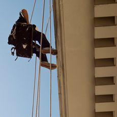 Solo un equipo de verdaderos expertos en trabajos verticales en Mallorca puede garantizarle los resultados óptimos a la hora de desarrollar las reformas o mejoras que necesite su edificio