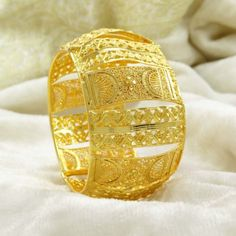 Traditional Gold Plated Hinged Bangle