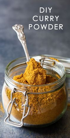 Learn how to make homemade DIY curry powder blend to create delicious sauces, curried vegetables or a variety of curry dinners including chicken. This is an easy yellow curry mix recipe I use a lot of in cooking since visiting India. Curry Seasoning, Seasoning Mixes, Tandoori Seasoning Recipe, Homemade Spices, Homemade Seasonings, How To Make Curry, Homemade Curry Powder, Sweet Potato Curry, Powder Recipe