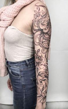Tattoo Valeriya Reyn - tattoo& photo In the style Graphics, Female, Octopus. Octopus Tattoo Sleeve, Nautical Tattoo Sleeve, Mermaid Sleeve Tattoos, Kraken Tattoo, Octopus Tattoo Design, Best Sleeve Tattoos, Sleeve Tattoos For Women, Tattoo Sleeve Designs, Female Tattoo Sleeve