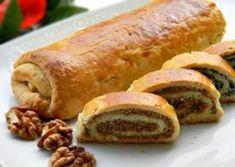 BAIGLI CU MAC SI NUCA – COZONACI UNGURESTI Bread Recipes, Cake Recipes, Cooking Recipes, Food Cakes, Hot Dog Buns, Sausage, Food And Drink, Sweets, Ethnic Recipes