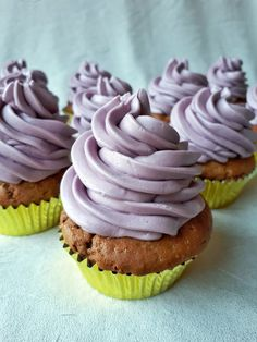 Csokis-áfonyás cupcake - Tejturmix Muffin, Food And Drink, Cupcakes, Desserts, Tailgate Desserts, Cupcake Cakes, Deserts, Muffins, Postres