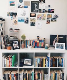 18 Trendy home library bedroom study Library Bedroom, Bedroom Decor, Deco Studio, Home Libraries, Room Goals, Aesthetic Rooms, Book Aesthetic, Trendy Home, Dream Rooms