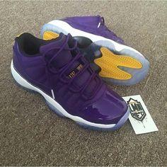 Tennis Tips Videos Treats Referral: 1728954484 Sneaker Bar, Sneaker Games, Sneaker Boots, Sneaker Heads, Sneakers Mode, Sneakers Fashion, Shoes Sneakers, Black Sneakers, Jordan Swag