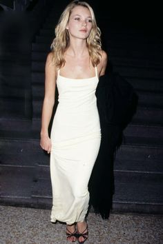 What to wear on New Year's Eve? Anything inspired by the one-and-only Kate Moss, of course. The little white dress is the perfect way to stand out.