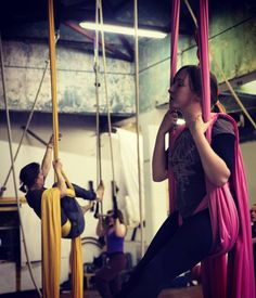 What a great start to the new term! Well done to all tonight. Photo credit Pablo Jean #takingflightdublin #chocolatefactory #strong #fit #bendy #aerialnation #irishfitfam #aerialistsofig #aerialdublin #aerialists #circuseverydamnday #circusinspiration #silks #fabrics #rope #cordelisse #trapeze #lyra #hoop #circusschool by takingflightdublin