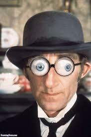 Resultado de imagem para strange glasses