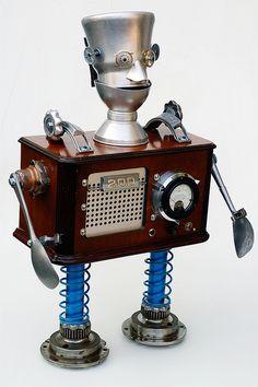 silvertone radio robot by Lockwasher, via Flickr