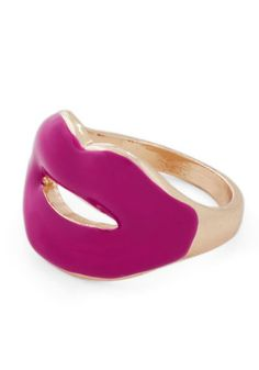Seal It With a Kiss Ring, #ModCloth Total bombshell ring! Love it!