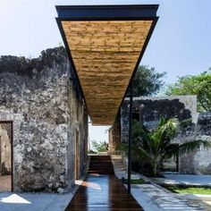 AS+Arquitectura+turns+dilapidated+Mexican+hacienda+into+characterful+resort