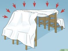 How to Make a Blanket Fort. Blanket forts are easy to build and they provide countless hours of fun for children and adults. You can make your fort with everyday household items like blankets, sheets, chairs, and curtain rods. Sleepover Fort, Sleepover Crafts, Fun Sleepover Ideas, Sleepover Activities, Diy Festa Do Pijama, Living Room Fort, Indoor Forts, Cool Forts, Diy Fort