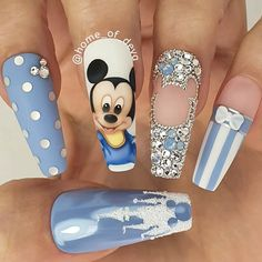 Beautiful hand painted Baby Mickey Mouse nails by Ugly Duckling Family Member 😍 Ugly Duckling Nails is dedicated to keeping love, support, and positivity flowing in our industry ❤️ Disney Acrylic Nails, Summer Acrylic Nails, Best Acrylic Nails, Summer Nails, Pastel Nails, Nail Design Glitter, Cute Acrylic Nail Designs, Nails Design, Glitter Nails