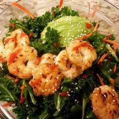 Kale Salad with @sizzlefish Shrimp from @barrandtable